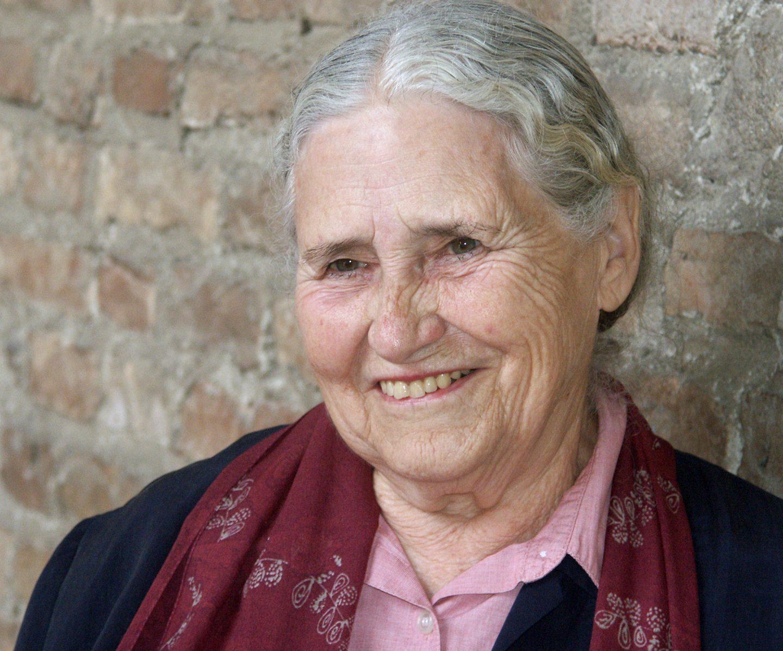 Le dieci morti di Doris Lessing