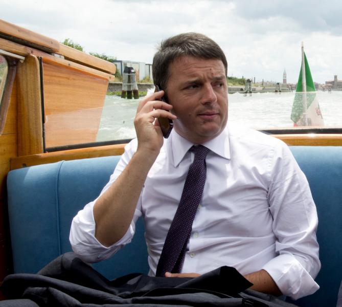 A fondo con Renzi. La scelta incomprensibile del PD